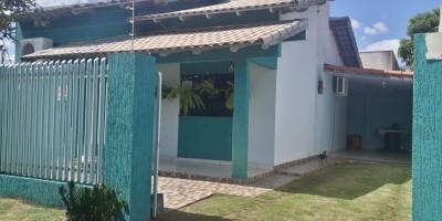 Vende-se uma casa localizada no Bairro Cidade Alta em Rolim de Moura