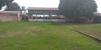Vende-se um terreno, localizado no centro da cidade de Rolim de Moura