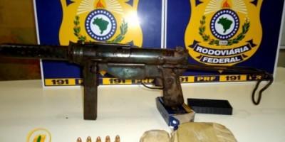 PRF/RO apreende adolescente de 15 anos com metralhadora