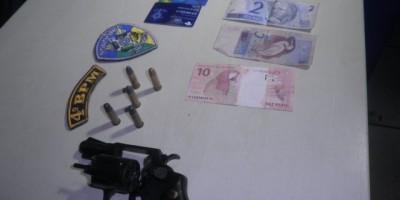 Rolim de Moura – Homem é detido portando ilegalmente arma de fogo com numeração raspada