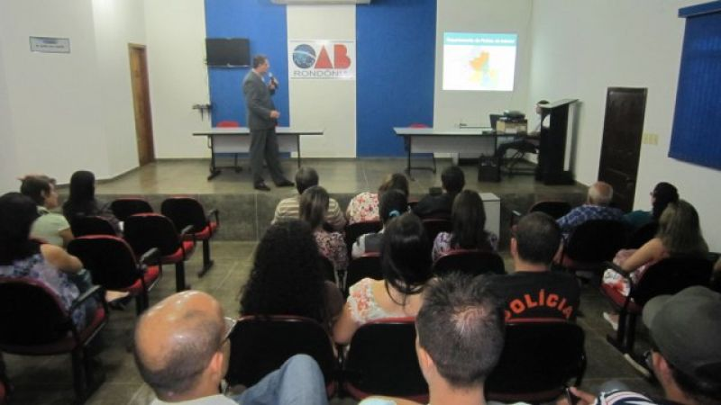 Rolim de Moura – Delegado regional realiza reunião com servidores da Polícia Civil de Rolim de Moura
