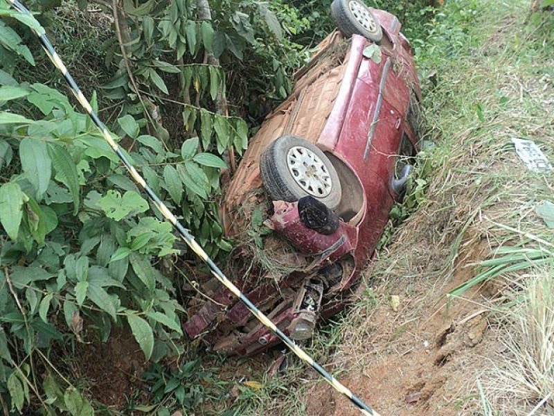 PORTO VELHO - Motorista perde controle de veículo e morre em grave acidente na BR-364