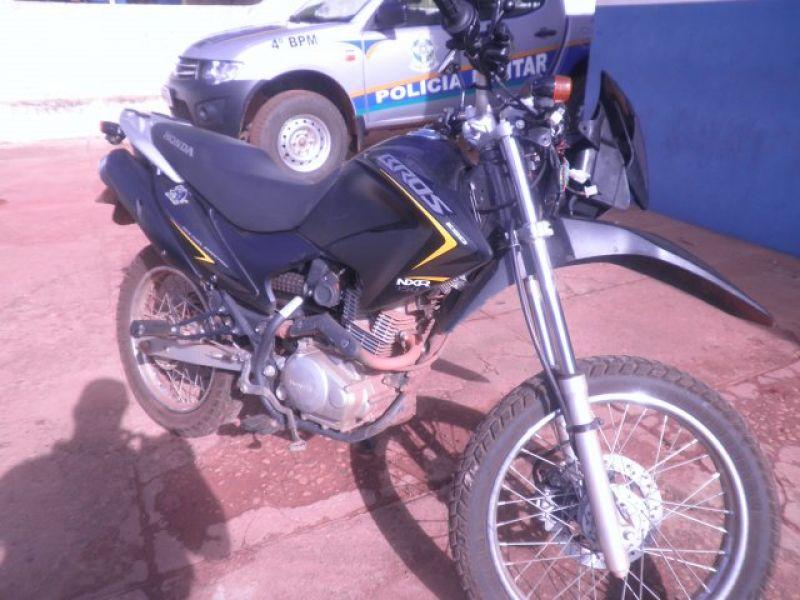 Rolim de Moura – Em menos de uma hora Polícia Militar recupera moto furtada