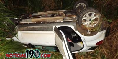 BR 364 - Acidente entre veículos na BR-364 entre Ji-Paraná e Ouro Preto deixa três feridos e veículo com perda total