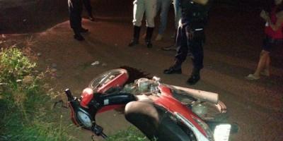 Rolim de Moura - Motociclista sofre queda na Av. Macapá.