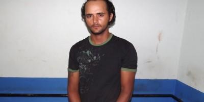 Rolim De Moura –  Após abordagem Polícia Militar cumpri  mandado de prisão.