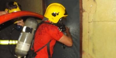 Rolim De Moura – Incêndio em residência no bairro Olímpico