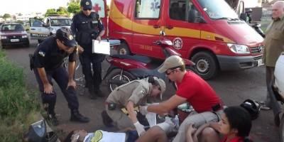 Rolim de Moura –  Motociclista se choca contra uma carro na Rua Guaporé