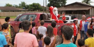 Rotaract realiza entrega de brinquedos para crianças carentes de Rolim de Moura