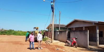Rolim de Moura – Prefeitura já instalou e restaurou mais de 500 pontos de iluminação no Bairro Cidade Alta