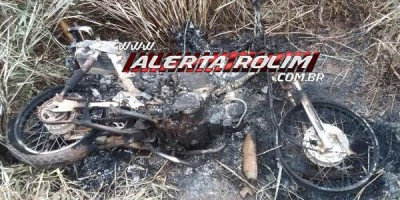 Rolim de Moura – Motoneta furtada no ultimo dia 08 é encontrada completamente queimada em terreno baldio no Bairro Boa Esperança