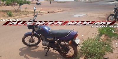 Rolim de Moura – Motocicleta furtada em Pimenta Bueno é recuperada nesta tarde de sábado no Bairro Boa Esperança