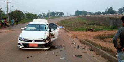 Táxi invade contramão e mata motociclista na RO-205, em Cujubim