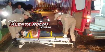 Rolim de Moura – Motociclista é socorrido pelos bombeiros após sofrer queda na saída da cidade