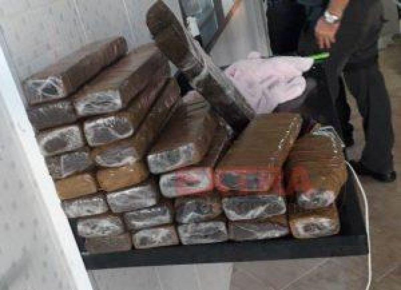 Operação da PC e PM apreende drogas e detém 11 suspeitos por tráfico e agiotagem, em Cacoal