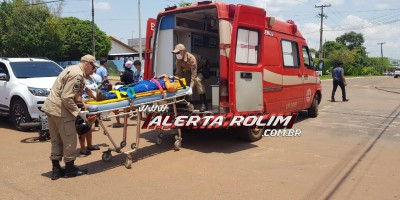 Rolim de Moura – Motociclista é socorrido pelos bombeiros após ser atingido por caminhonete no Centro da cidade