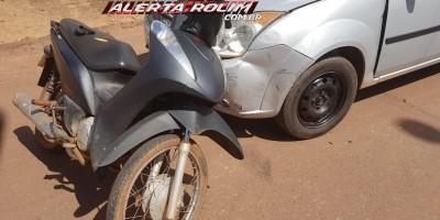 Rolim de Moura – Após desviar de cachorro, motociclista se choca frontalmente contra carro no Bairro Jardim Tropical