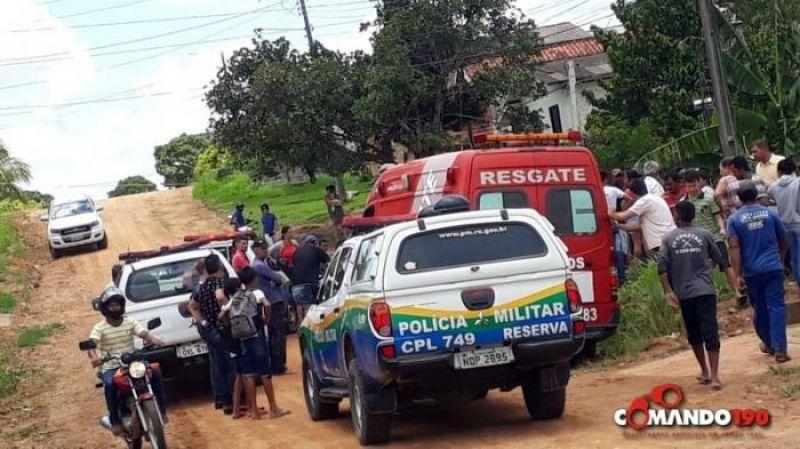 Homem totalmente enfurecido mata desafeto a facadas, fere outro e acaba morto após investir contra policial, em Ji-Paraná