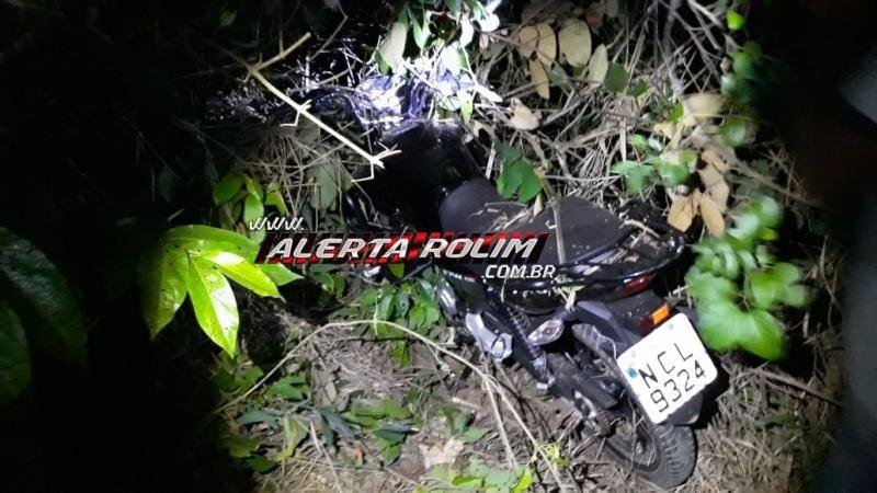 Rolim de Moura - Moto furtada é encontrada pela PM, escondida no interior de uma mata e um suspeito acaba preso