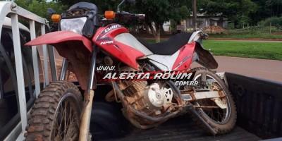 Rolim de Moura – Moto possivelmente furtada ou roubada é encontrada pela PM na área rural do município