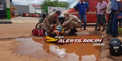 Rolim de Moura – Vítima de acidente de trânsito é socorrida pelos bombeiros com suspeita de fratura em uma das pernas - Video