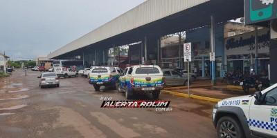 Rolim de Moura - Polícia Militar desencadeia operação, após graves denúncias de crimes no Shopping Popular da cidade