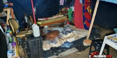 Ex-presidiário é morto a tiros enquanto dormia em barraco, em Ji-Paraná