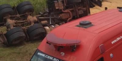 Motorista tomba carreta para evitar colisão com caminhão na BR-364, em Vilhena
