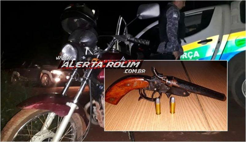 Rolim de Moura - Moto roubada é recuperada, arma de fogo é apreendida e bandido acaba preso pela equipe do PATAMO da PM