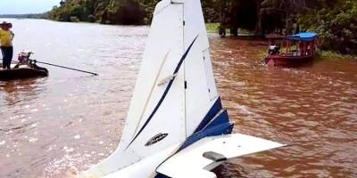 Aeronave cai em Rio Jamari com empresário e mais duas pessoas, em RO