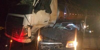 Engavetamento envolvendo 4 veículos na BR-364, entre Ouro Preto e Ji-Paraná, deixa dois feridos