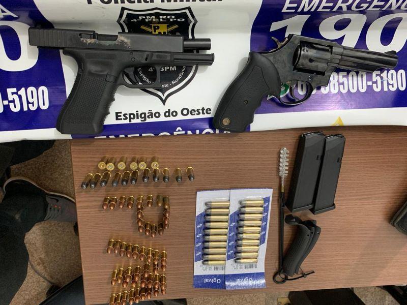 Foragido da Justiça do Estado do Paraná é preso pela PM em Espigão do Oeste com armas de fogo e várias munições