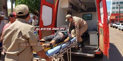 Rolim de Moura – Andarilho é esfaqueado na barriga por desafeto na tarde desta segunda-feira – Vídeo