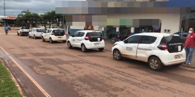 Após decreto, fiscais da Prefeitura de Rolim de Moura fazem fiscalização em comércios e fecham estabelecimentos abertos