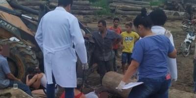 Criança morre esmagada por toras de madeira em pátio de serraria, no Mato Grosso