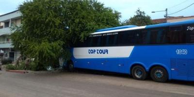 Motorista morre atropelado pelo próprio ônibus, no Espirito Santo
