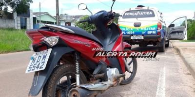 Rolim de Moura – Com a ajuda de denúncia, Polícia Militar recupera moto roubada durante a última noite