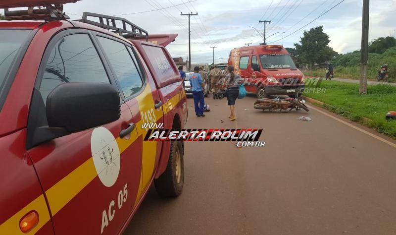 Rolim de Moura – Duas mulheres ficam seriamente feridas após moto colidir na traseira de carro estacionado no Bairro Cidade Alta – Vídeo