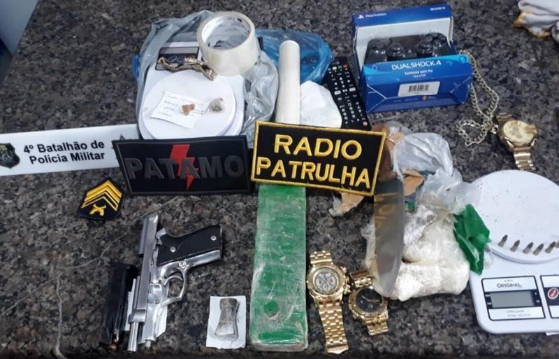 Cacoal - Traficante e foragido da Justiça são presos pela PM mediante ação integrada com a PC com mais de 01 kg de drogas, arma de fogo e vários produtos de origem duvidosa