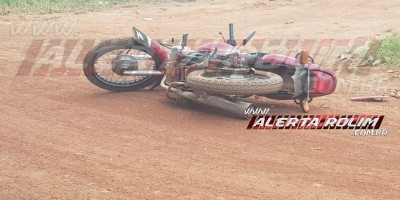 Motociclista é socorrido inconsciente após sofrer queda no Bairro Cidade Alta, em Rolim de Moura
