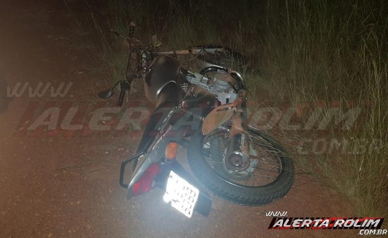 URGENTE! Motociclistas colidem frontalmente próximo ao Aeroporto e são socorridos em estado grave pelos bombeiros, em Rolim de Moura