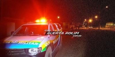 Dupla armada com faca invade residência no Cidade Alta e rouba celular de moradora, em Rolim de Moura