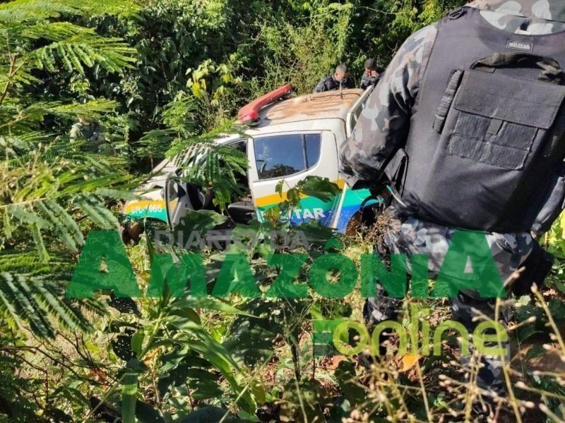 Grave acidente com viatura deixa policiais militares feridos na BR-364