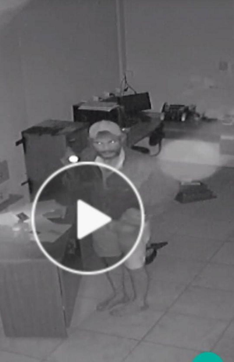 Durante a madrugada, ladrão entra pelo telhado de lotérica e leva cerca de quarenta mil reais, em Santa Luzia – Veja o vídeo da ação criminosa