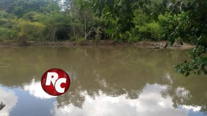 Jovem desaparece após afogamento no Rio Conceição, em São Francisco do Guaporé