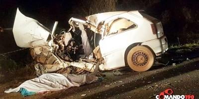 03 pessoas morrem em acidente entre carreta e automóvel próximo ao Distrito de Nova Colina