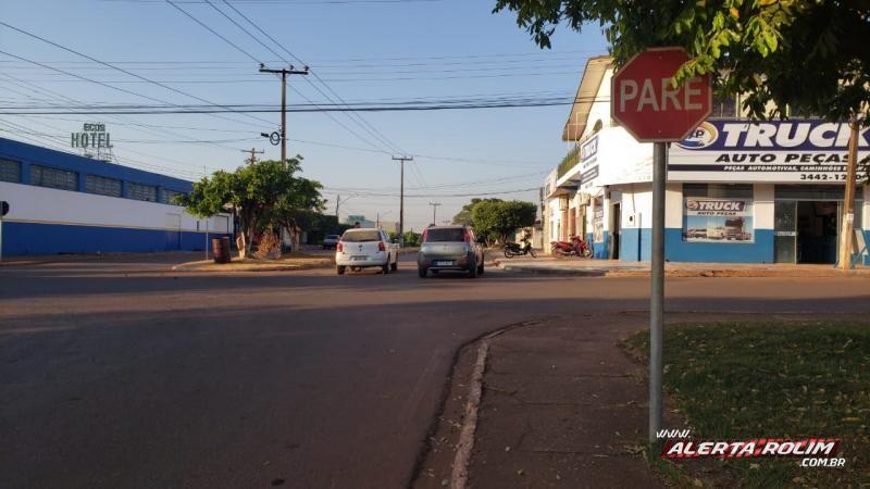Acidente de trânsito nesta manhã de sábado deixa motociclista ferido, em Rolim de Moura – Vídeo