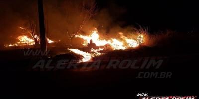 Bombeiros de Rolim de Moura atuam em 03 focos de incêndios na tarde desta segunda-feira