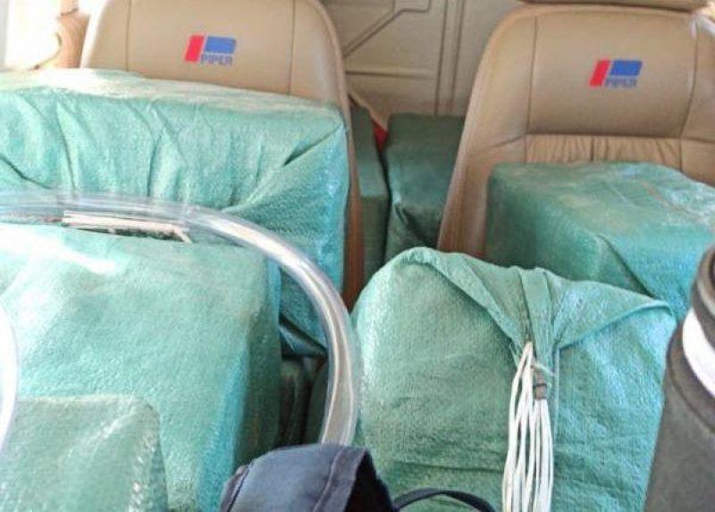 Caças da FAB interceptam duas aeronaves com 1,1 tonelada de cocaína em Mato Grosso do Sul