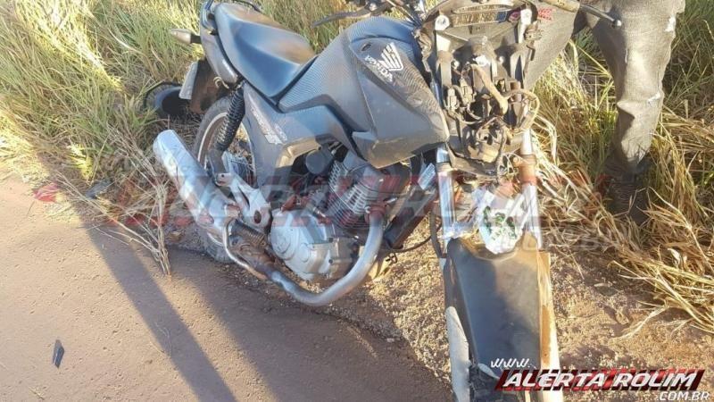 Motociclista colide em traseira de veículo na RO - 010, zona rural de Rolim de Moura